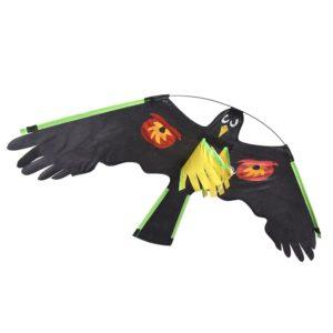 Drache mit Reflektoren zur Vogelabwehr